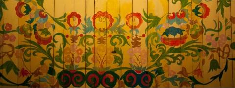 Strop kościoła z Ryczowa, pokryty wielobarwnym malowidłem z motywami roślinnymi
